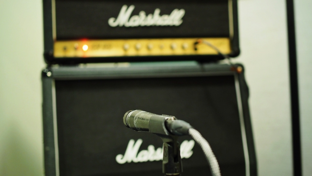 Miking the guitar amp